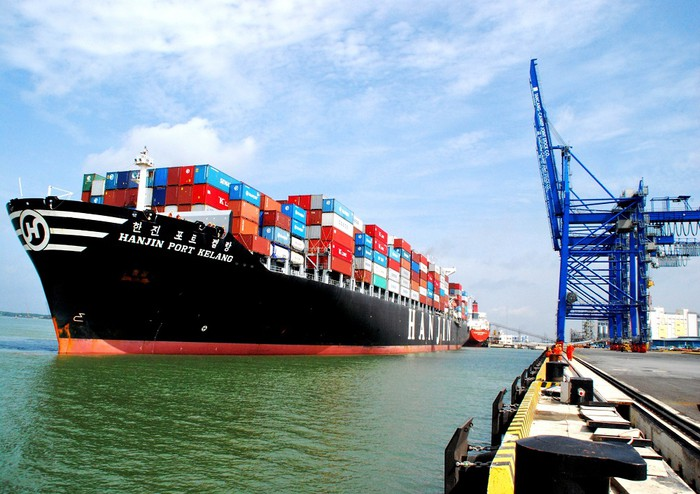 Năm 2020 Sản lượng container thông qua toàn bộ hệ thống cảng biển của Trung Quốc vẫn tăng 1%.